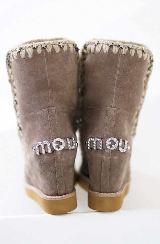 MOU – FRENCH TOE WITH METAL STARS ON ESKIMO STITCHING ELGRY